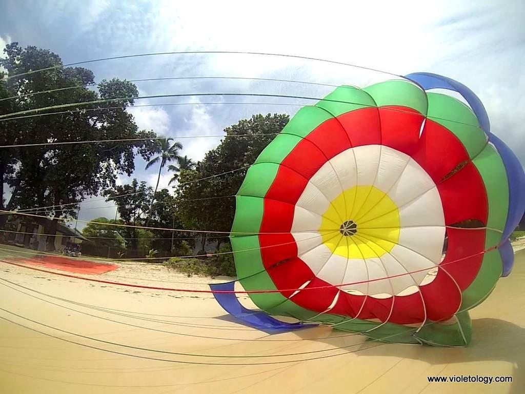 Seychelles-parasailing (10)