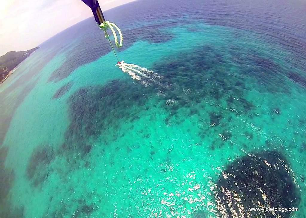 Seychelles-parasailing (4)
