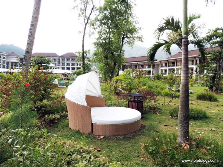 garden seat-bed