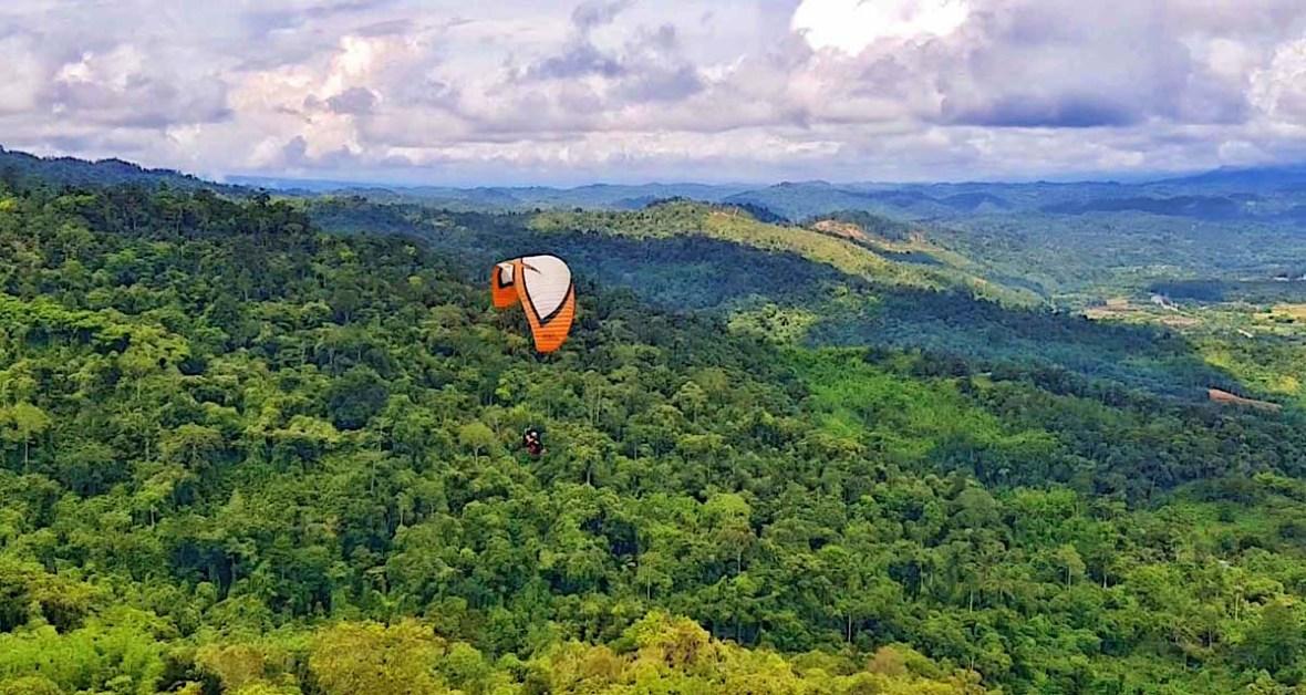 paragliding tambunan sabah malaysia