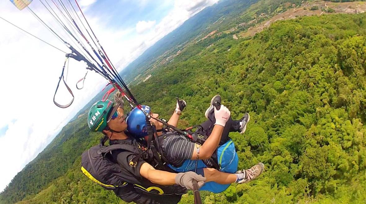 tambunan paragliding sabah