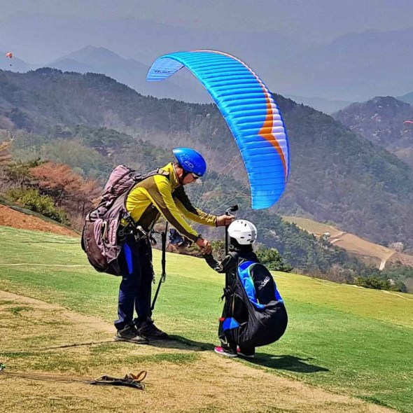 tandem paragliding for kids